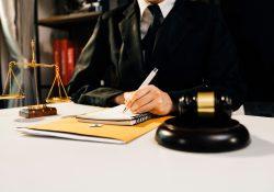 Avvocato online per consulenze legali veloci